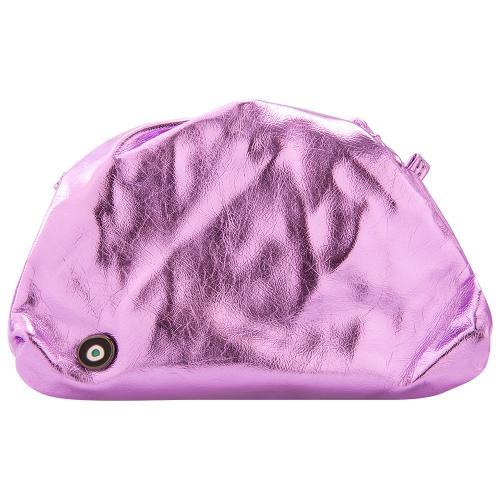Τσάντα, μωβ μεταλλικό οικολογικό δέρμα, μάτι από σμάλτο και αποσπώμενο λουρί. Διαστάσεις 24 x 15εκ.