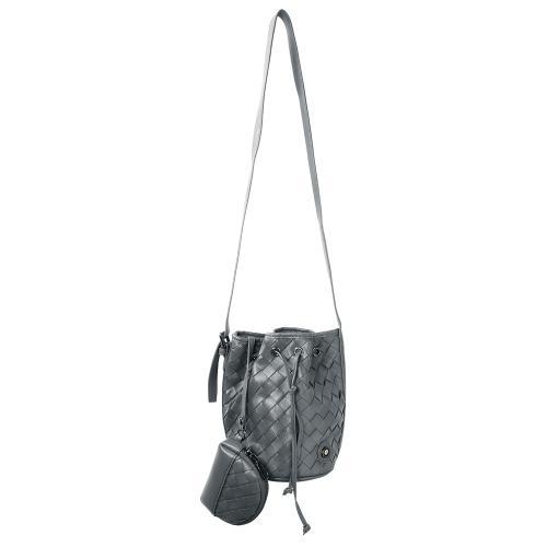 Τσάντα πουγκί πλεκτή, γκρι οικολογικό δέρμα με αποσπώμενο λουρί και πορτοφόλι, μάτι από σμάλτο. Διαστάσεις 22x12εκ.