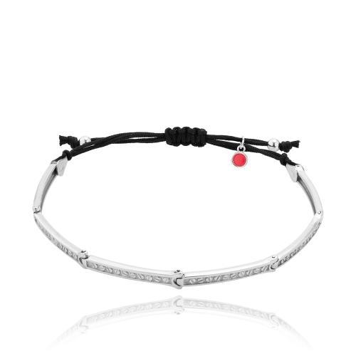 Black macrame men΄s bracelet, sterling silver bars.