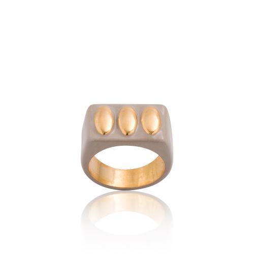 Δαχτυλίδι κίτρινο επιχρυσωμένο ασήμι 925, μπεζ σμάλτο.