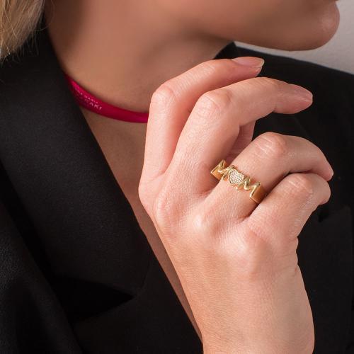 """Δαχτυλίδι κίτρινο επιχρυσωμένο ασήμι 925, """"MOM"""" και καρδιά με λευκά ζιργκόν."""