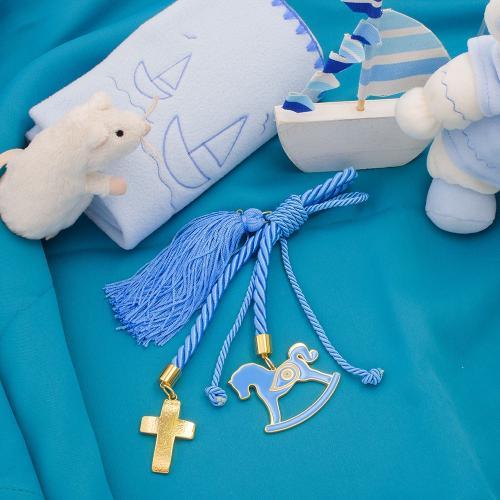 Παιδικό γούρι κίτρινο επιχρυσωμένο μέταλλο, σταυρός και αλογάκι με μπλε σμάλτο.