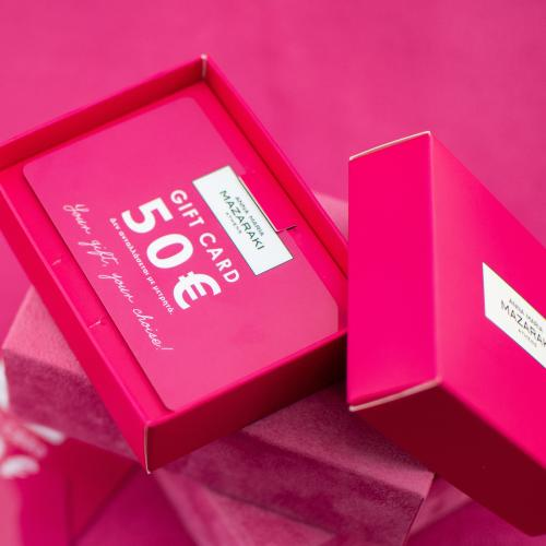 Κάρτα Δώρου αξίας 50 ευρώ. Χαρίστε στα αγαπημένα σας πρόσωπα αυτό που πραγματικά επιθυμούν, προσφέροντας τους αμέτρητες επιλογές μέσα από τη δωροκάρτα Άννα Μαρία Μαζαράκη!